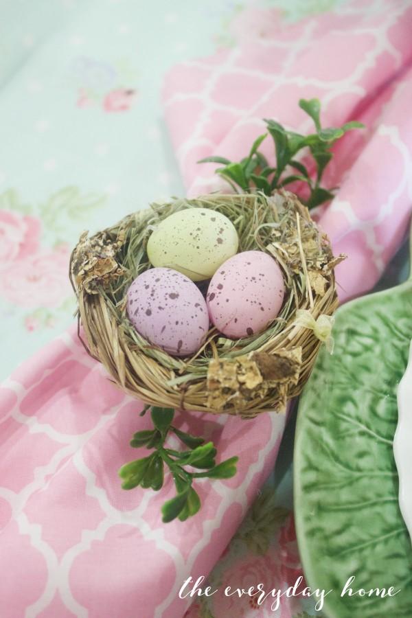 Easter Bird Nest Napkin Rings | The Everyday Home | www.everydayhomeblog.com