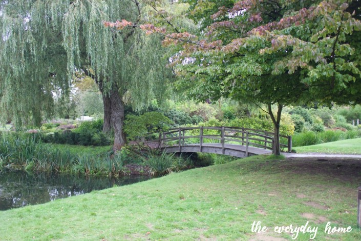 Hever Castle Garden Bridge | The Everyday Home