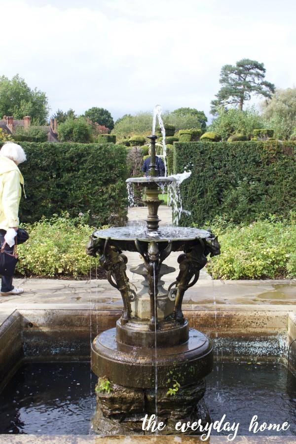 Hever Castle Garden Fountain | The Everyday Home