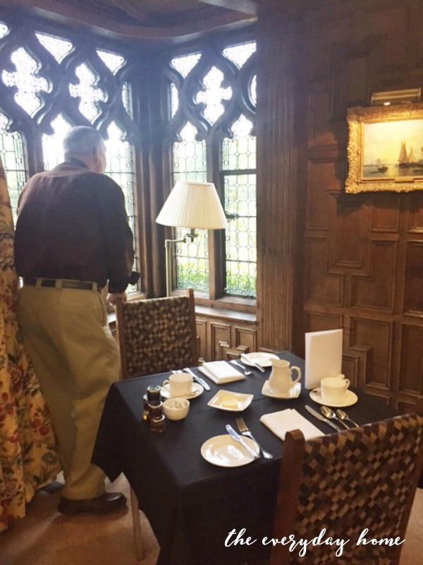 Hever Castle Inn | Breakfast Room | The Everyday Home