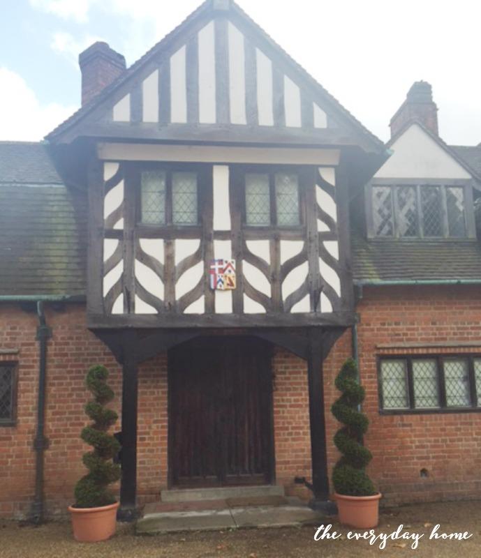 Hever Castle Inn | Inn Entrance | The Everyday Home