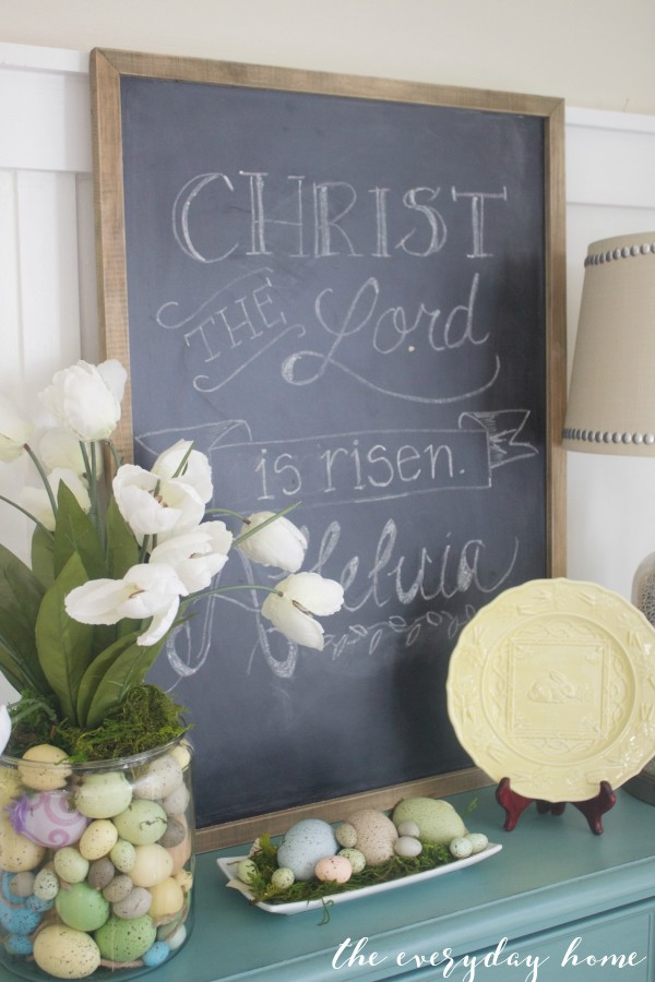Spring Kitchen Tour | Easter Chalkboard | The Everyday Home