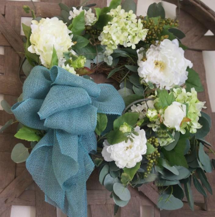 Easy Two-Step DIY Wreath | The Everyday Home | www.everydayhomeblog.com