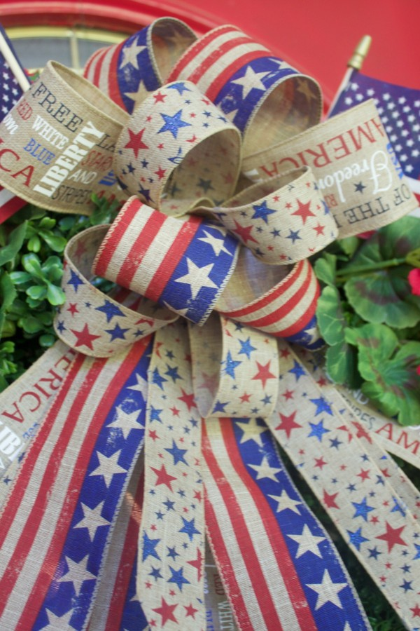 Patriotic Ribbon and Bow | The Everyday Home