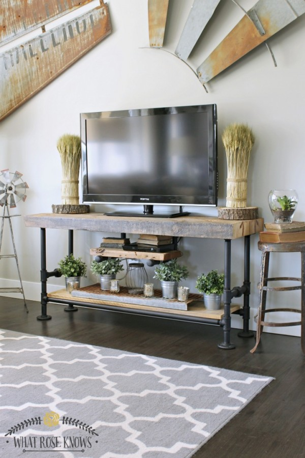 reclaimed-wood-pipe-tv-stand-11