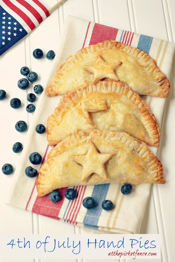 4th of July Hand Pies | The Everyday Home