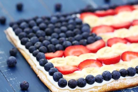 Flag Fruit Tart | The Everyday Home