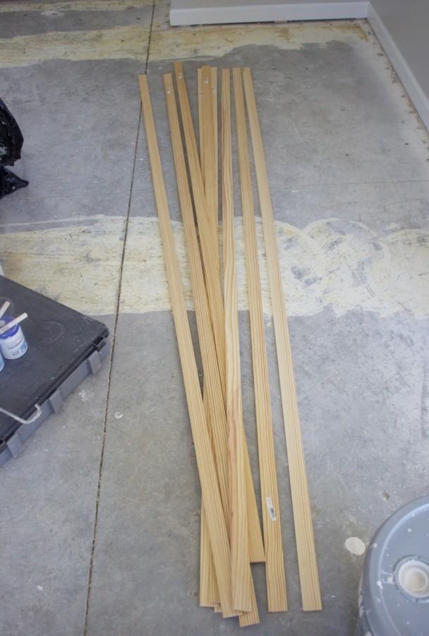 Unpainted lattice slats
