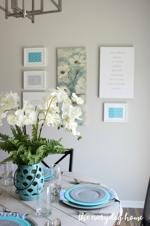 CReating an Easy Wall Collage | The Everyday Home