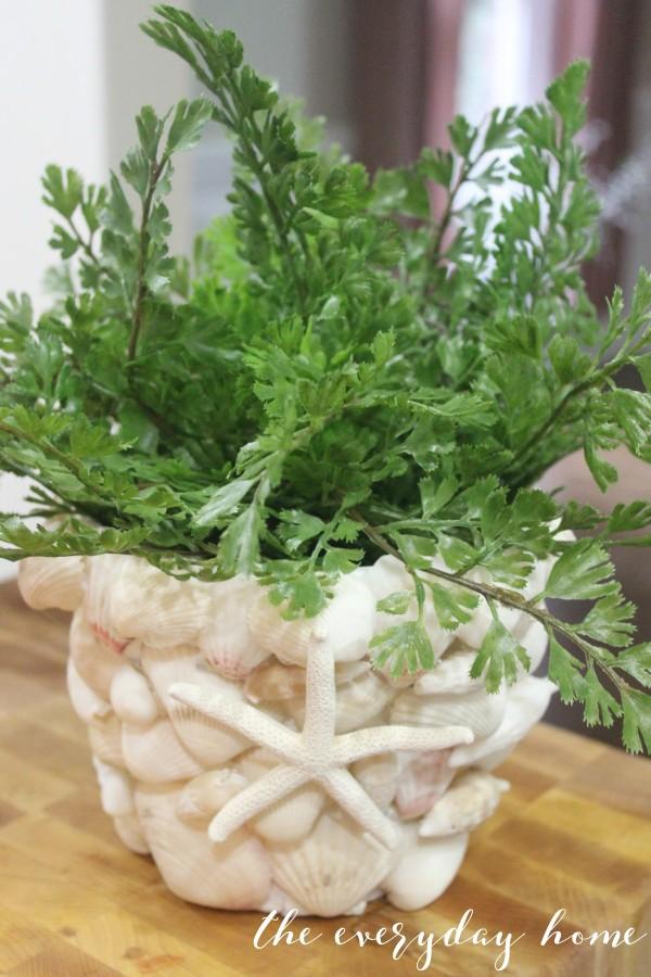 Seashell Pot | The Everyday Home www.everyday homeblog.com