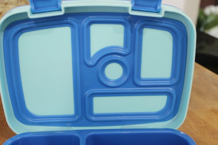 Lid of Bentgo Kids Lunch Box | The Everyday Home | www.everydayhomeblog.com