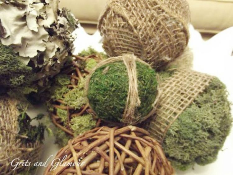 Moss and Lichen Balls | The Everyday Home | www.everydayhomeblog.com