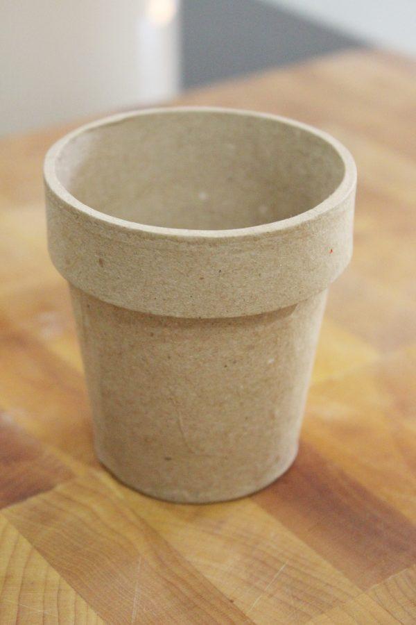 Paper Mache Pot | The Everyday Home | www.everydayhomeblog.com