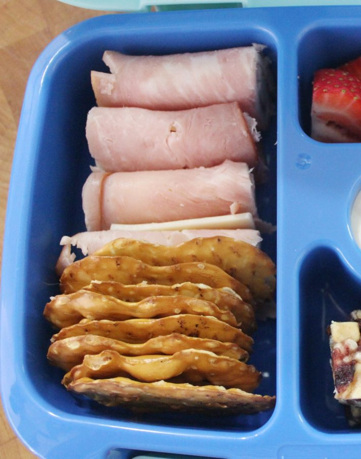 Pretzel Chips | The Everyday Home | www.everydayhomeblog.com