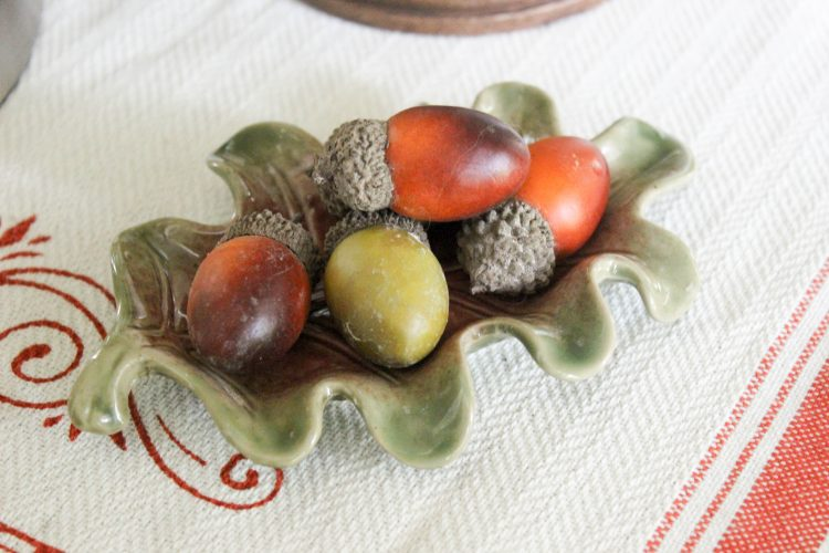 acorns-on-leaf-dish  | The Everyday Home | www.everydayhomeblog.com