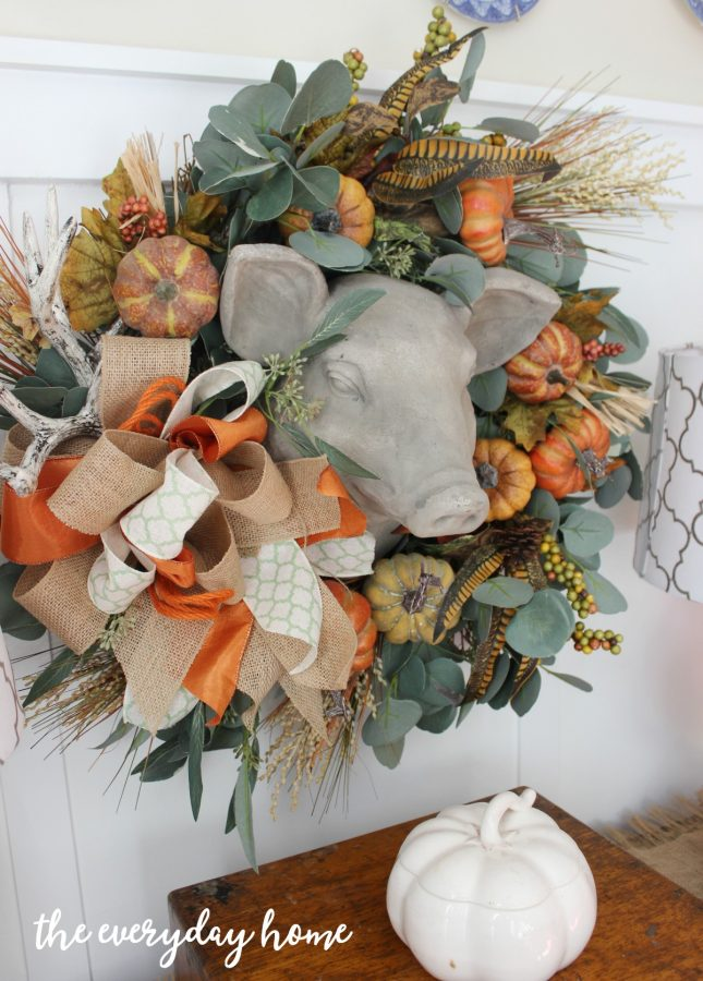 an-updated-fall-wreath-using-floral-picks | the everyday home | www.everydayhomeblog.com