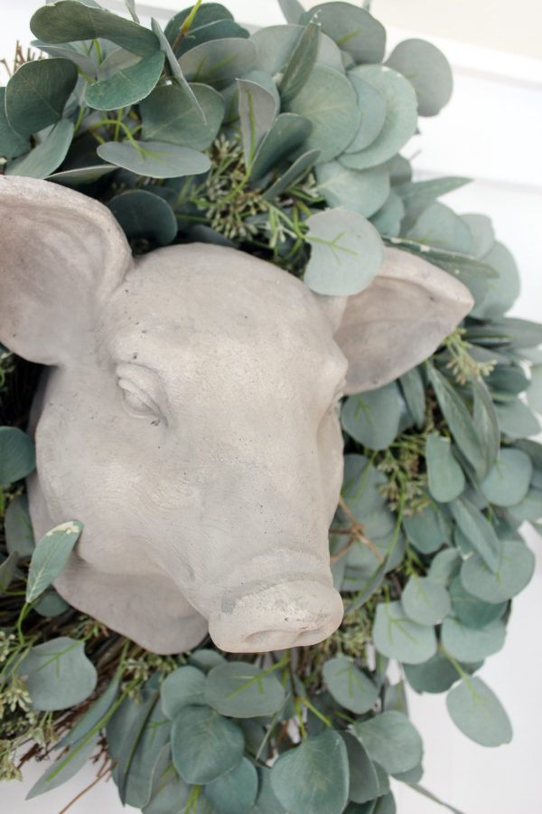 eucalytpus-wreath | the everyday home | www-everydayhomeblog-com