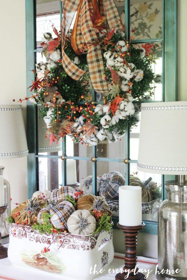 plaid-pumpkin-centerpiece | The Everyday Home | www.everydayhomeblog.com