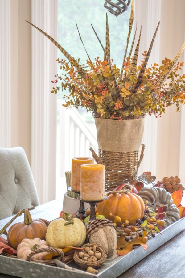 farmhouse-fall-table-centerpiece-17