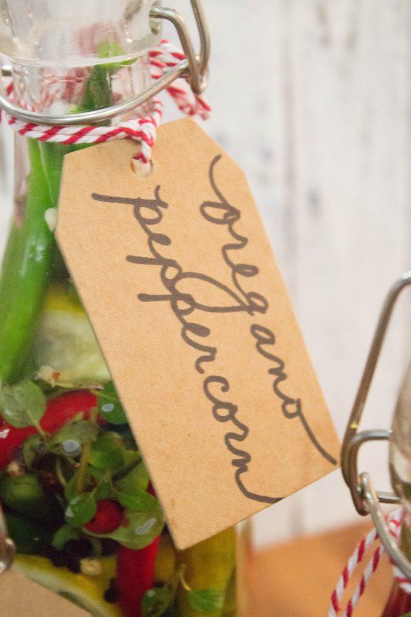 oregano-peppercorn-pepper-vinegar | The Everyday Home | www.everydayhomeblog.com