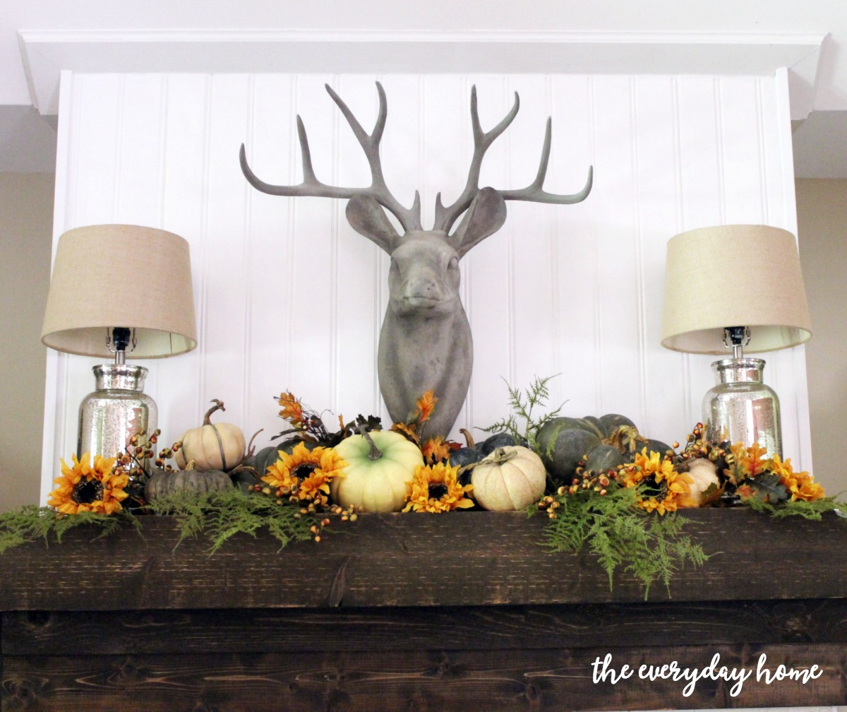 rustic-fall-mantel | The Everyday Home | www.everydayhomeblog.com