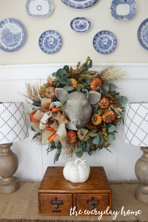 updating-a-fall-wreath-using-floral-picks | the everyday home | www.everydayhomeblog.com