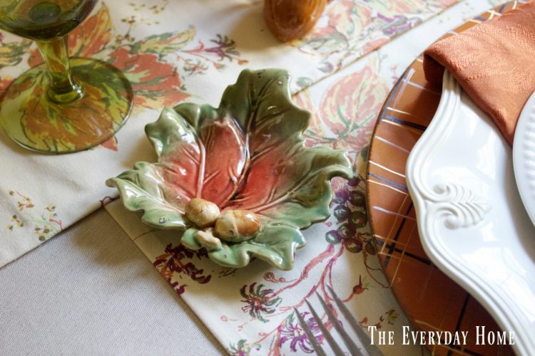 breakfast-room-table-fall-bread-plates | The Everyday Home | www.everydayhomeblog.com