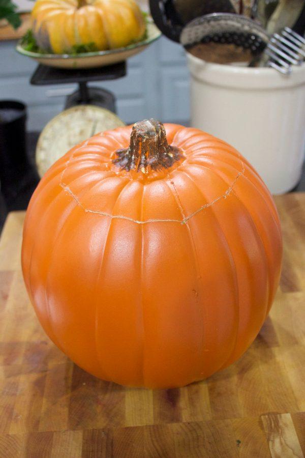 craft-store-pumpkin | The Everyday Home | www.everydayhomeblog.com