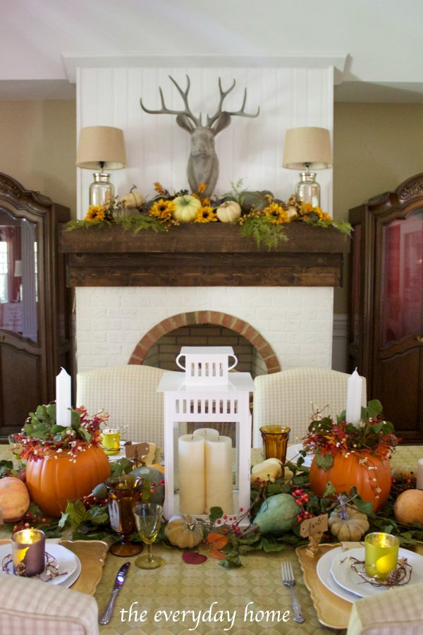 dining-room-fall-tablescape | The Everyday Home | www.everydayhomeblog.com