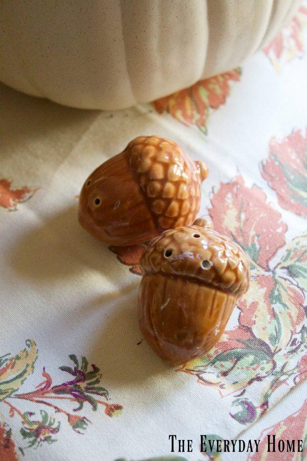 fall-acorn-salt-and-pepper-shakers | The Everyday Home | www.everydayhomeblog.com