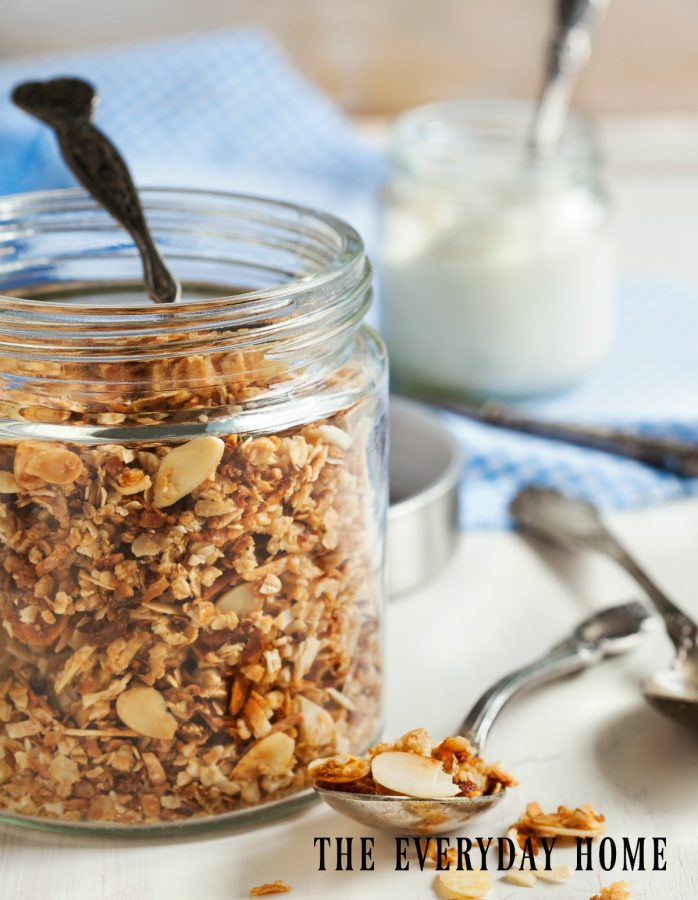 granola-with-cranberries-and-nuts | The Everyday Home | www.everydayhomeblog.com