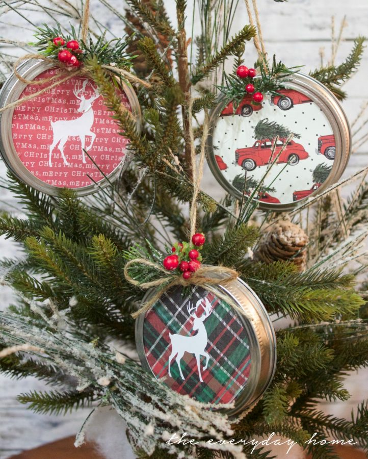 making-mason-jar-lid-christmas-ornaments | The Everyday Home | www.everydayhomeblog.com