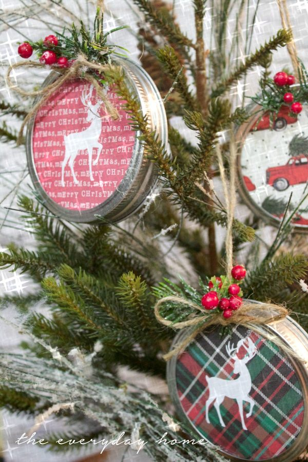 jar-lid-christmas-ornaments | The Everyday Home | www.everydayhomeblog.com