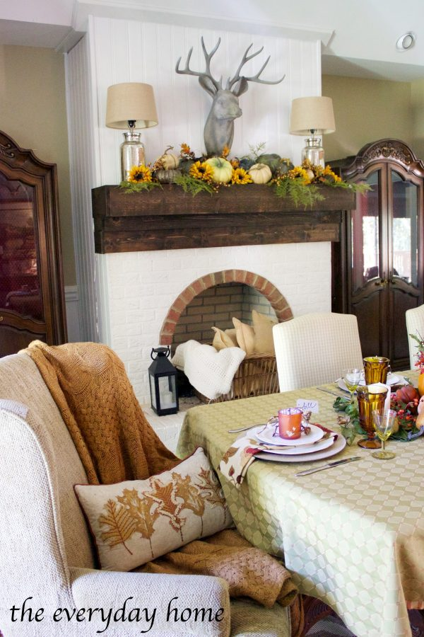 rustic-fall-tablescape | The Everyday Home | www.everydayhomeblog.com