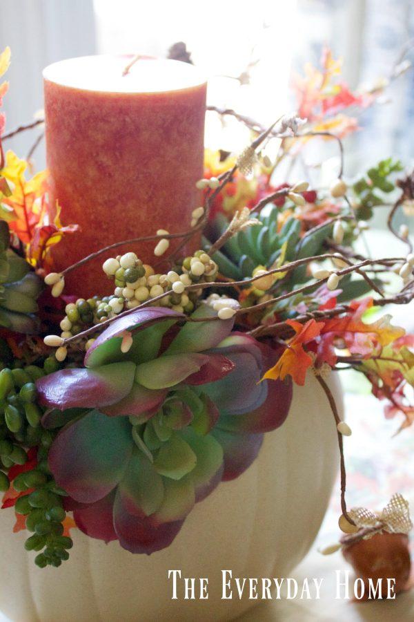succulent-pumpkin-centerpiece | The Everyday Home | www.everydayhomeblog.com