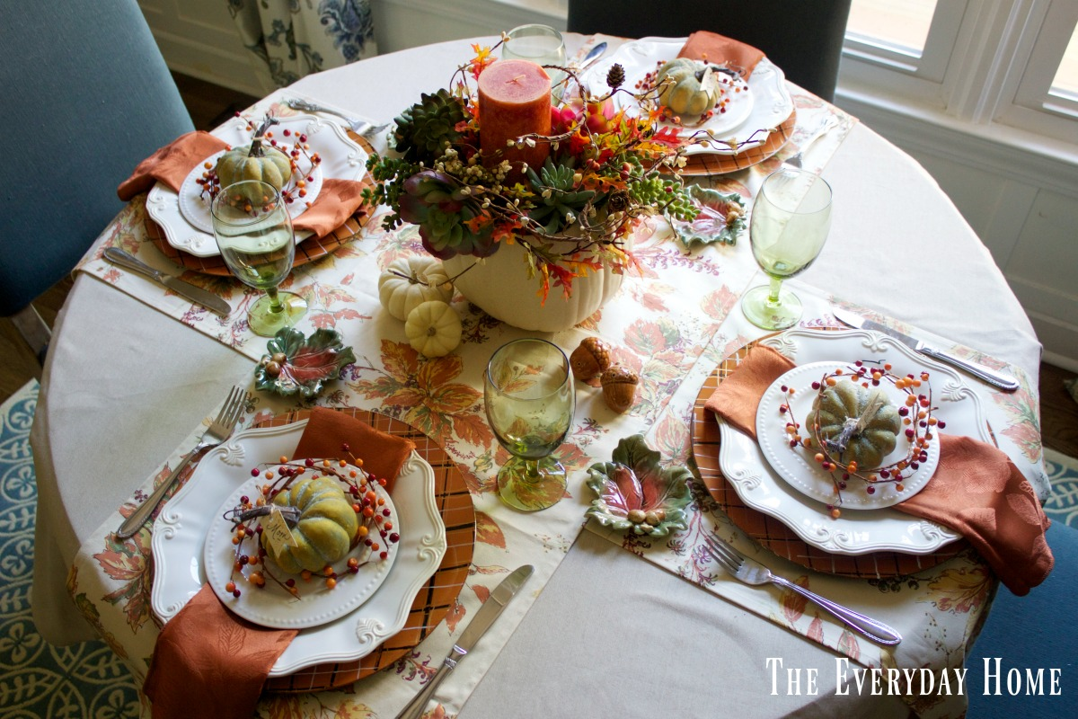 How to Set a Fall Tablescape | The Everyday Home