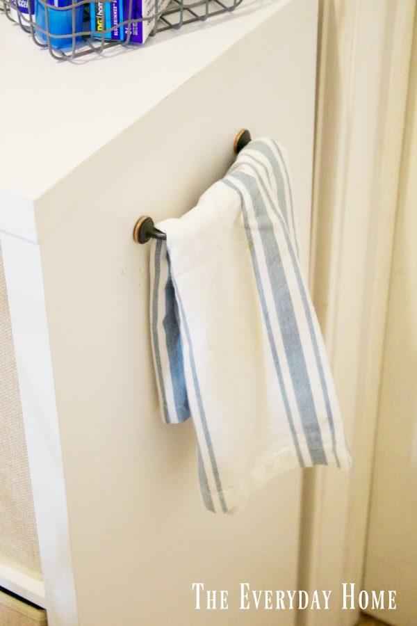diy-laundry-cubby-handle | The Everyday Home | www.everydayhomeblog.com