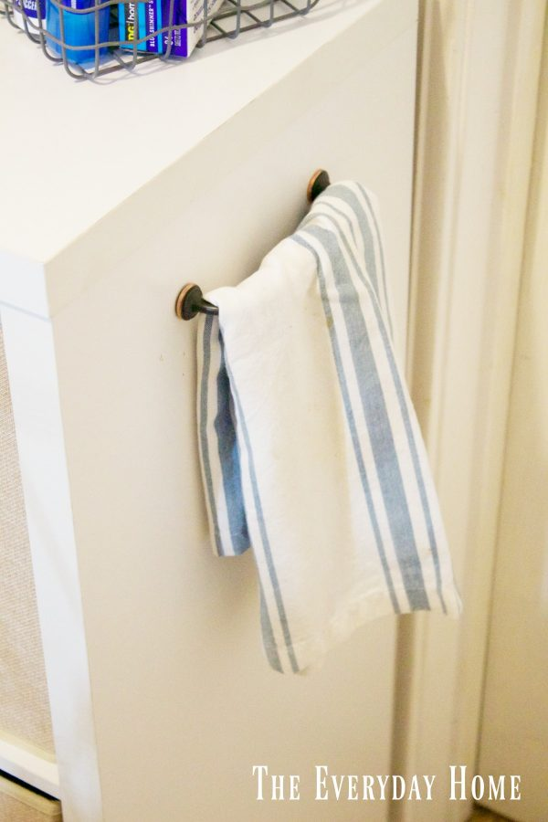 diy-laundry-cubby-handle | The Everyday Home | www.everydayhomeblog.com