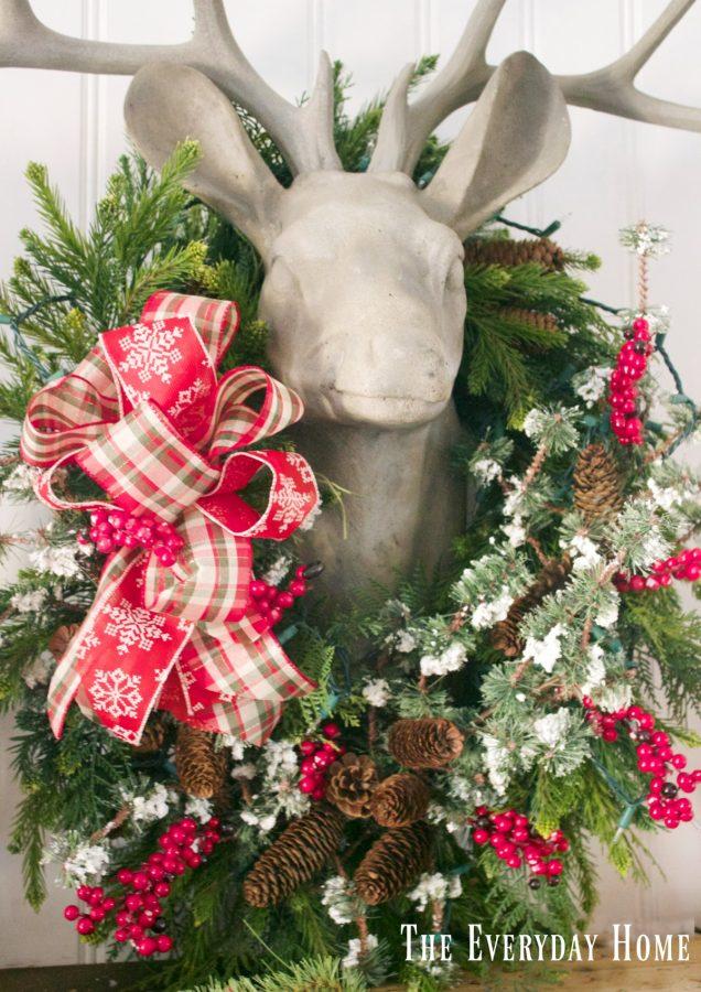 christmas-mantel-deer-head-and-wreath | The Everyday Home | www.everydayhomeblog.com