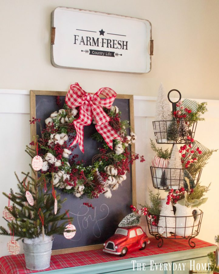 an-old-fashioned-christmas-farm-fresh-sign