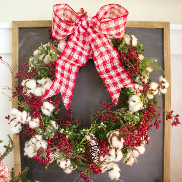 an-old-fashioned-christmas-wreath-600