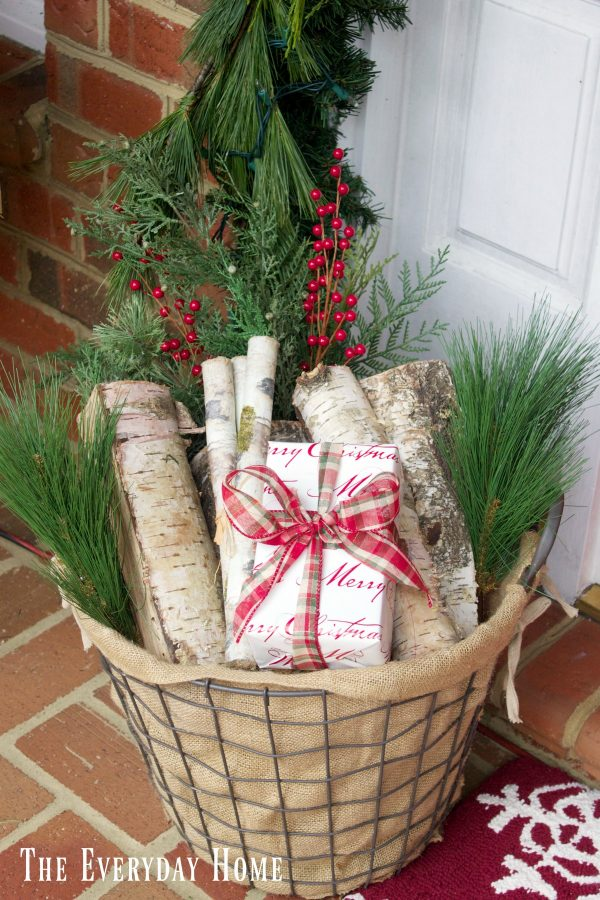 christmas-front-porch-basket-of-birch