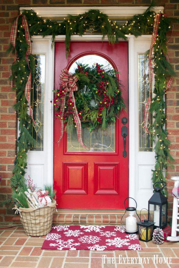 christmas-front-porch-door
