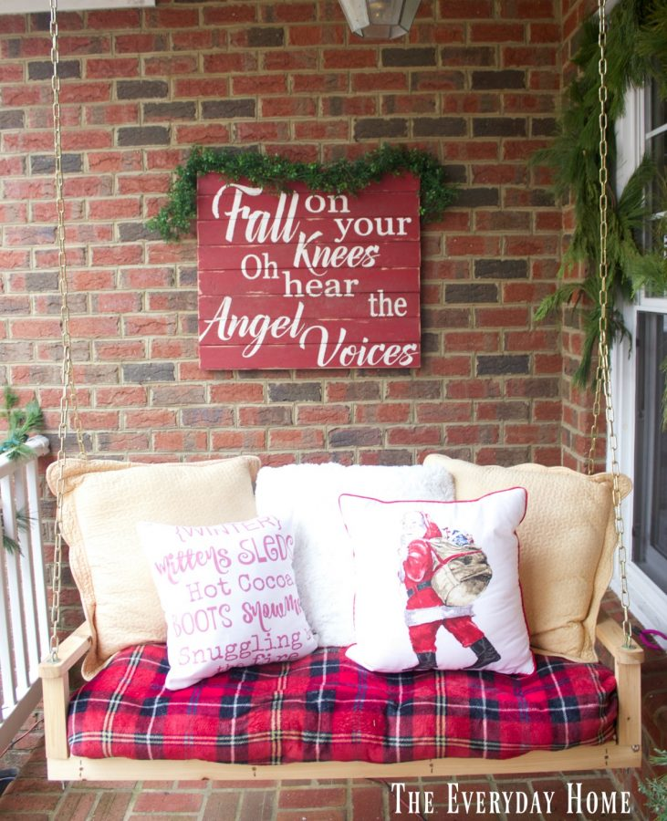 christmas-front-porch-palette-sign