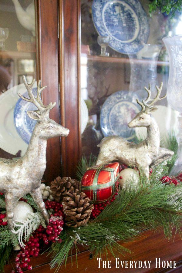 christmas-living-room-english-hutch-reindeer-arrangement
