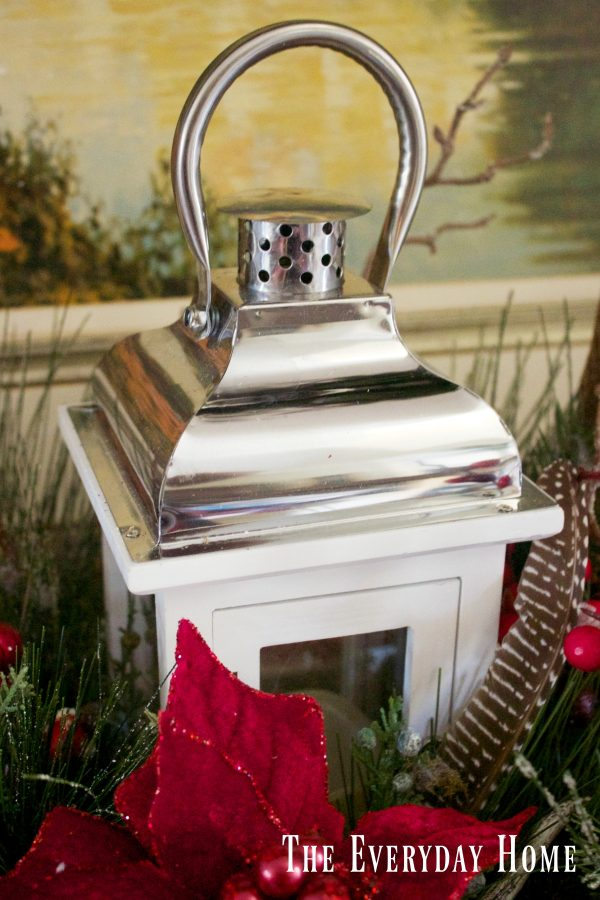 dining-room-buffet-for-christmas-centerpiece-lantern