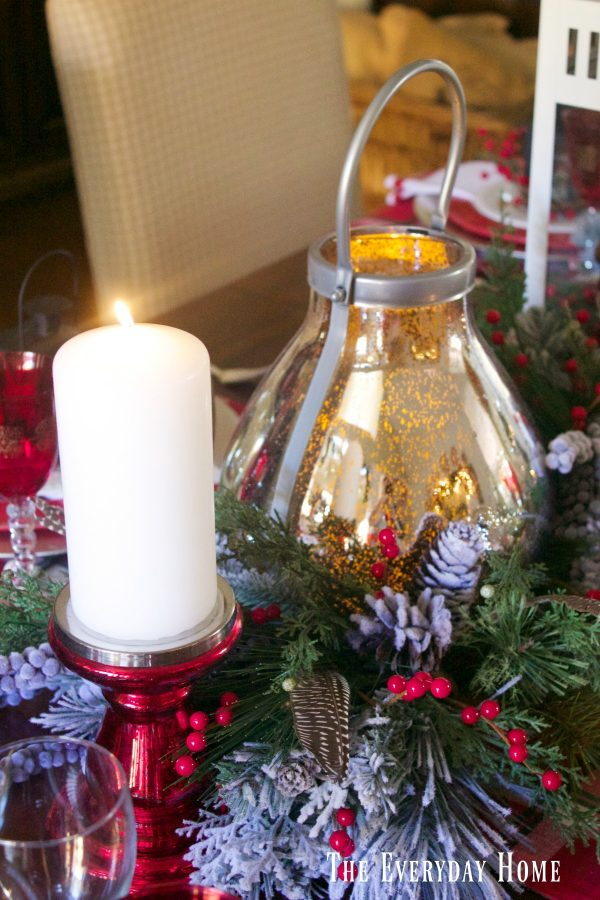 festive-christmas-tablescape-candlelight