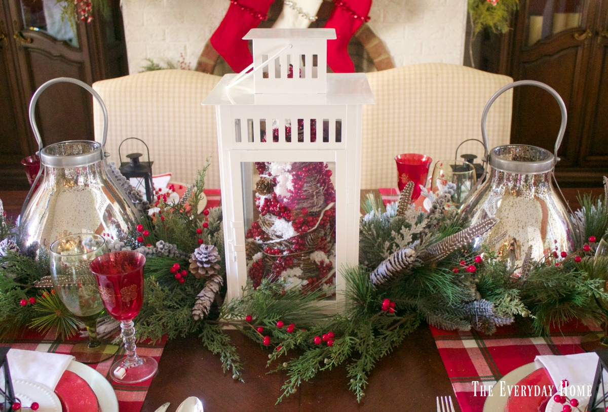 festive-tablescape-lanterns
