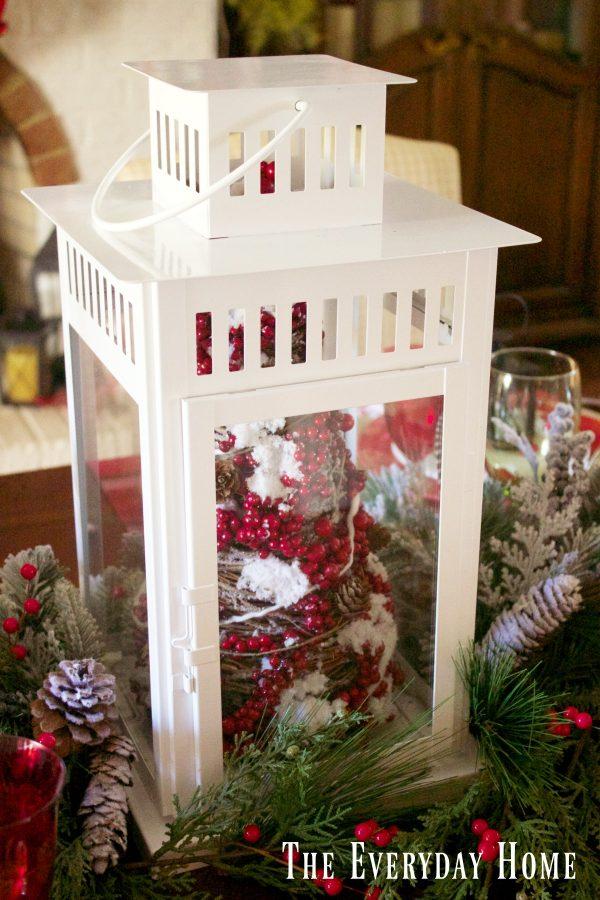 festive-tablescape-white-lantern