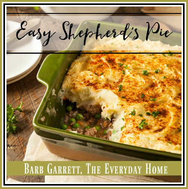 Easy Shepherd's Pie Recipe | The Everyday Home | www.everydayhomeblog.com